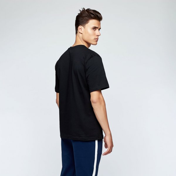 Appie 34 tee chest | black